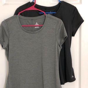 Bundle of Prana shirts